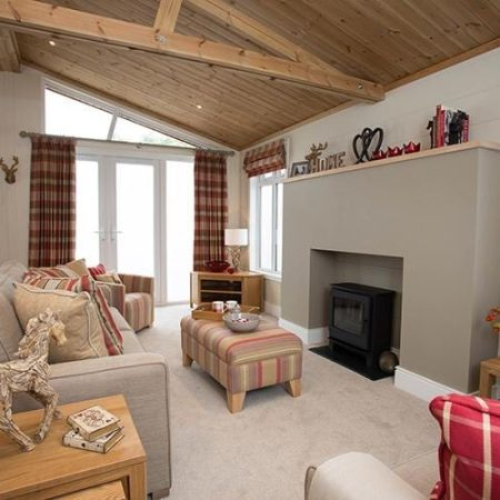 Foresters Lodge 1 450x450, Fairway Holiday Park Isle Of Wight
