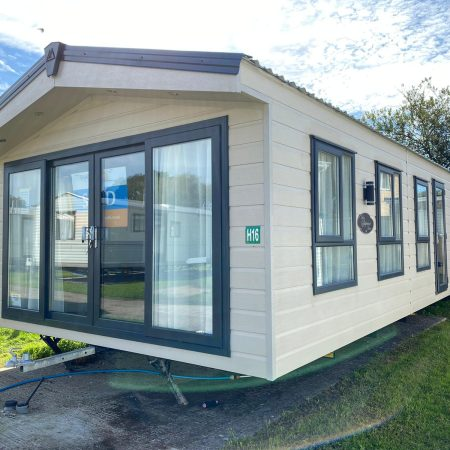 Superior Deluxe 1 450x450, Fairway Holiday Park Isle Of Wight